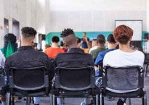 Os jovens universitários brasileiros e os desafios do ensino superior no contexto da Covid-19
