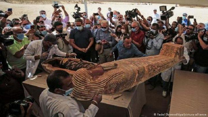 Egipto saca a la luz 59 sarcófagos con momias de hace 2.600 años casi intactas