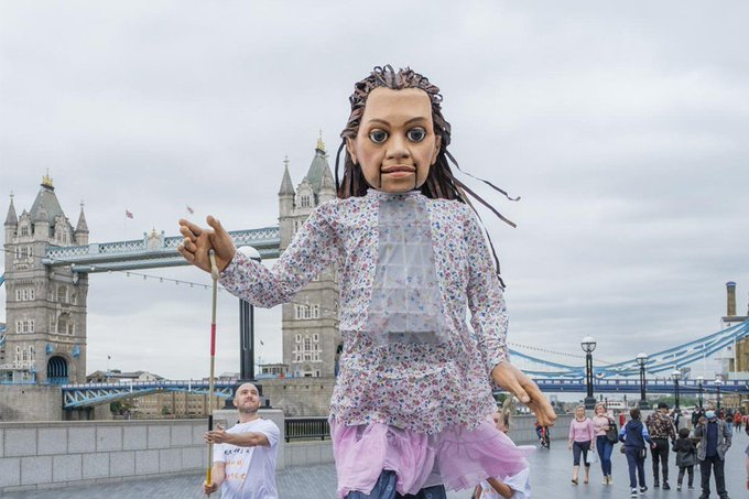 Giant puppet to walk 8,000km to highlight plight of child refugees