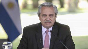 Argentina trabaja para activar sistema masivo de vacunación contra COVID-19, afirma presidente Fernández
