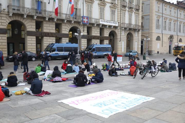 Protesta studenti contro Cirio 30-11-2020 7