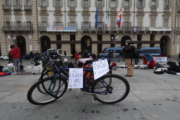 Protesta studenti contro Cirio 30-11-2020 16