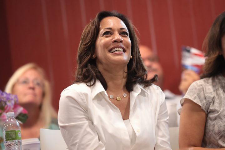 Negra e filha de imigrantes, Kamala Harris será a primeira mulher vice-presidente dos EUA