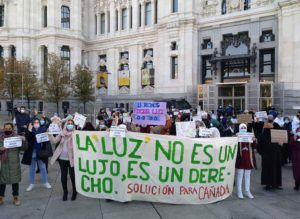 España: La Cañada Real lleva a Cibeles sus 45 días sin luz