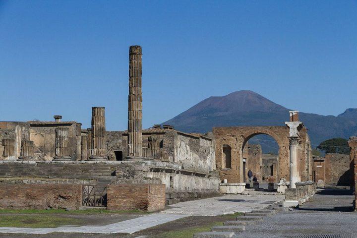 Hallan en Pompeya los restos perfectamente conservados de dos hombres que murieron en la erupción del Vesubio, hace casi 2.000 años