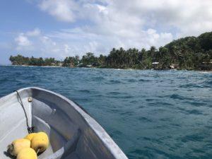 Îles Salomon, arrêt d'une mine de bauxite à ciel ouvert