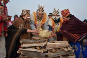 Bolivia: Primeras Damas, hacia el equilibrio mediante la dualidad