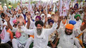 India, Punjab: contadini contro riforme agrarie che privilegiano le multinazionali