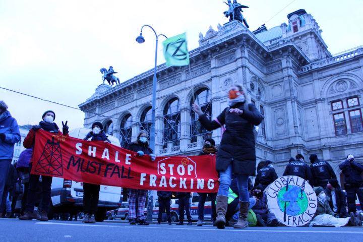 Die vernichtende  Klimabilanz von Frackinggas – Globaler  Protest gegen die  Klimazeitbombe