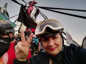 Corresponsales extranjeros solidarizan con periodista Claudia Aranda, rechazando uso de sus imágenes sin consentimiento