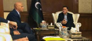 Nuovi affari ENI in Libia: Descalzi incontra Al-Sarraj