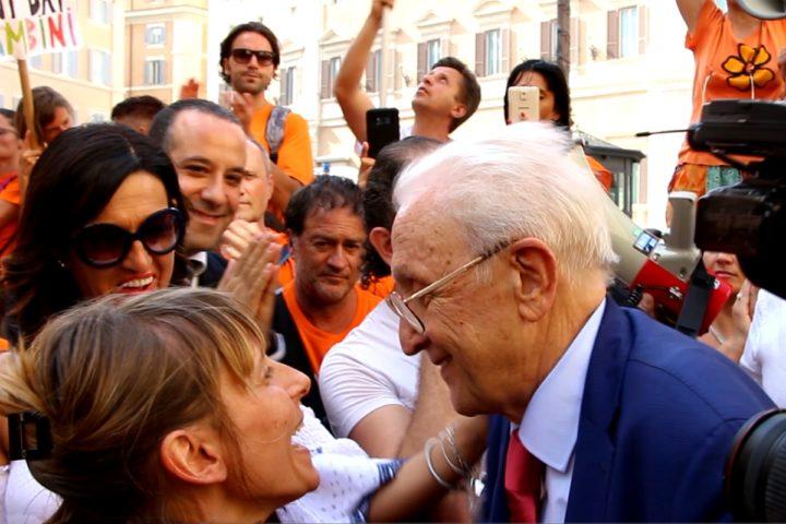 Codacons denuncia Ranieri Guerra (OMS) per favoreggiamento, falso e abuso di atti d'ufficio