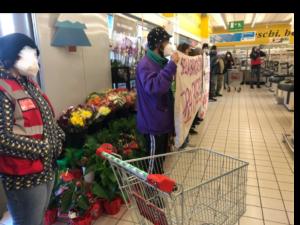 Povertà e pandemia, i supermercati facciano la loro parte