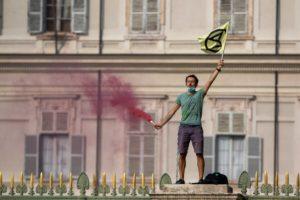 Extinction Rebellion Torino: multe e denunce per la manifestazione del 18 settembre