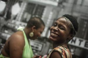 """""""Tirar a Lei do Papel"""" quer ensino da cultura afro nas escolas"""