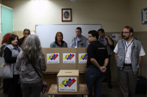 Low Turnout, but Free, Elections in Venezuela Are a Blow to Regime Change