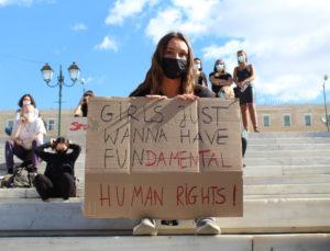 «Η απαγόρευση των αμβλώσεων στην Πολωνία είναι μια επίθεση κατά των γυναικών και τα θεμελιώδη δικαιώματά τους»