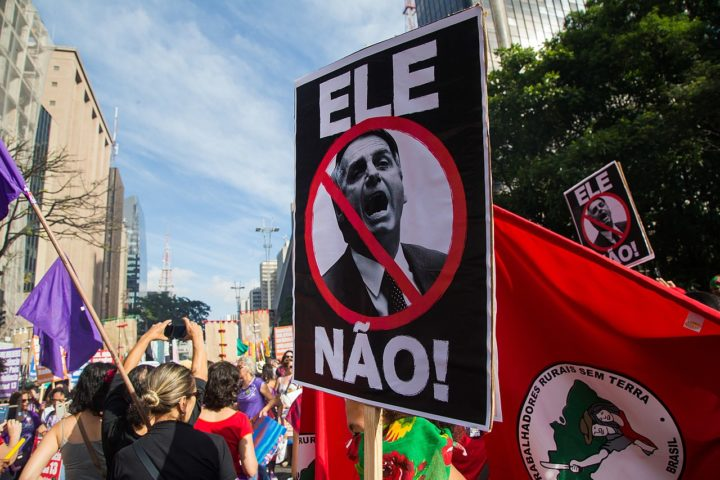 """""""Bolsonaro apertou a bomba atômica contra a própria população"""""""