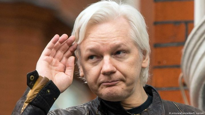 UK judge blocks Julian Assange extradition