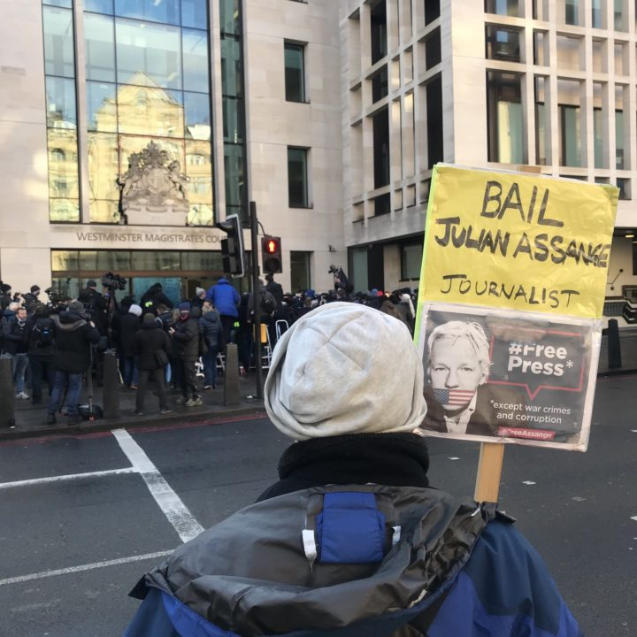 Assange Remains in Prison in Spite of the Decision Not to Extradite Him