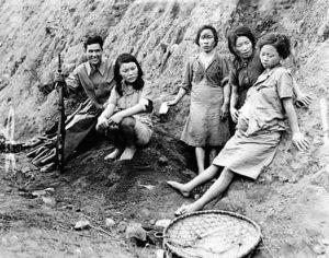 Il Giappone pagherà i danni a 12 schiave sessuali coreane della II guerra mondiale