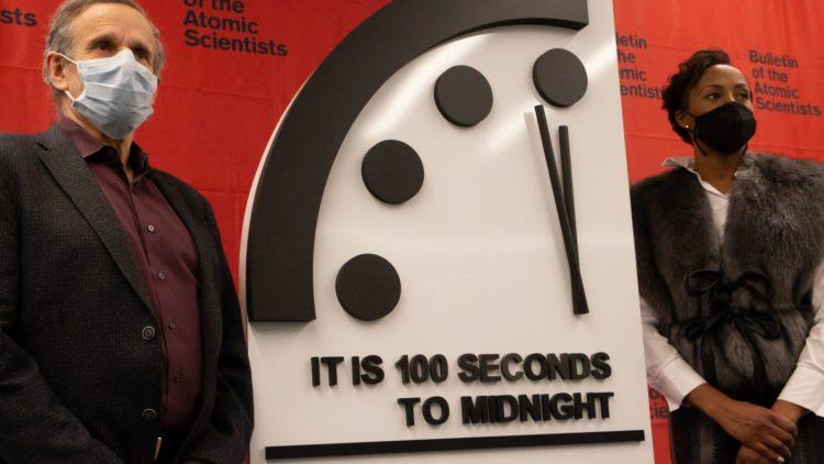 Hier ist Euer Covid-19 Weckruf – Es ist 100 Sekunden vor Mitternacht
