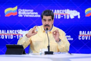 Sospeso profilo Facebook di Maduro, nel mirino il farmaco anti-Covid Carvativir