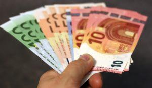 [Sondage] En 6 pays européens, 2 citoyens sur 3 souhaitent un revenu de base universel