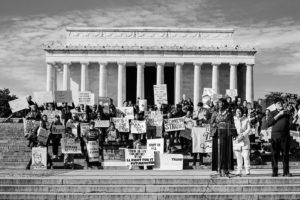Histórica votação da Câmara: apenas 10 republicanos apoiaram o impeachment de Trump