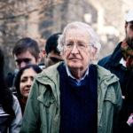 Νόαμ Τσόμσκι: Το κίνημα αλληλεγγύης κλειδί για την αλλαγή πολιτικής των ΗΠΑ στη Μέση Ανατολή