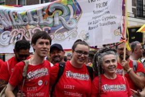 Decolonialità, intersezionalità e femminismo nelle comunità Romanì: una prospettiva politica per tutti/e/u. Intervista a Laura Corradi