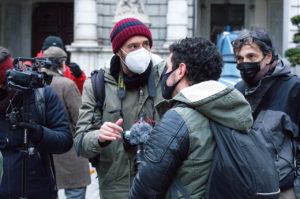 Senza dimora: protesta dei cittadini davanti al Comune di Torino