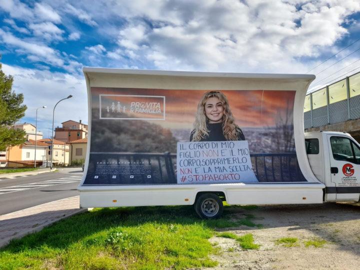 L'Abruzzo come le Marche: basta fare politica con il corpo delle donne