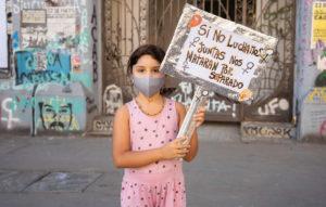 Las niñas tienen voz: 8M en Santiago de Chile