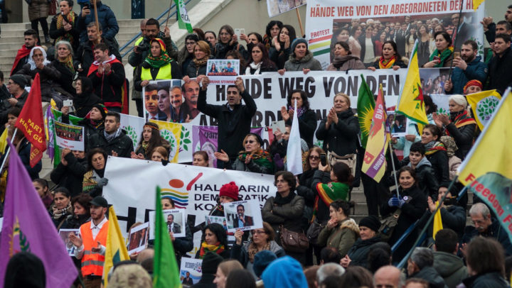 Türkei: Schläge gegen die Demokratie ohne Ende