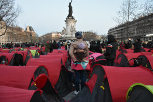 Collectif Réquisitions : Occupation de la place de la République à Paris