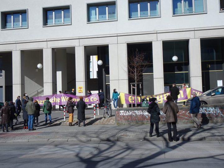 Kündigungsdrohung wegen Kampagnen-Banner_11