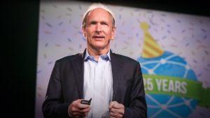 """Tim Berners-Lee, criador da web, defende que o acesso à internet deve ser um """"direito básico"""""""