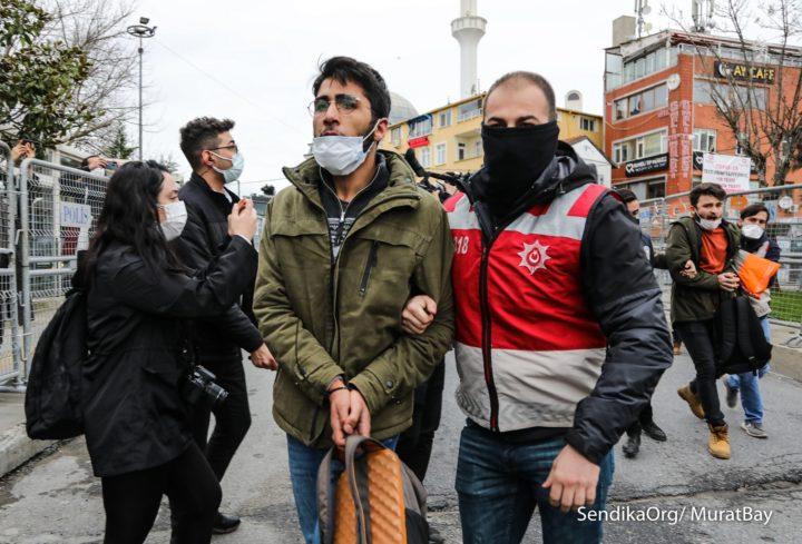 Violazioni dei diritti umani durante la resistenza universitaria di Bogaziçi