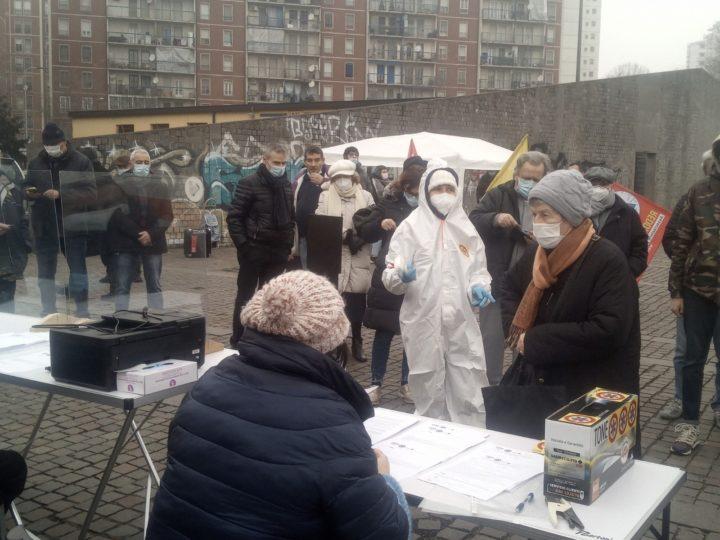 La tenda della salute, iniziativa mutualistica a Gratosoglio, Milano