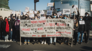Πρωτοβουλία Ελλήνων/Ελληνίδων εργαζομένων, φοιτητών, φοιτητριών στη Γαλλία για τα δημοκρατικά δικαιώματα