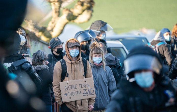 Svizzera, sgomberati gli attivisti anti cava