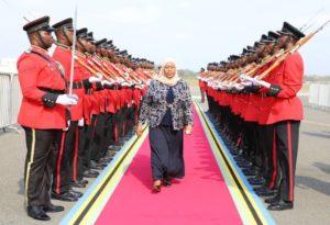 Samia Suluhu Hassan, la primera mujer presidenta de Tanzania