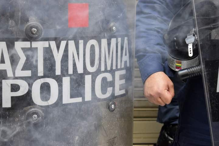 Proteste contro l'autoritarismo del governo greco