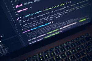 Plataformas digitales corporativas: La censura como programa