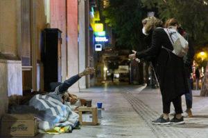 Street Lawyering: εννιά μήνες ο προβολέας στους ανθρώπους που ζουν στο δρόμο