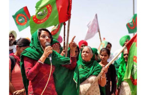 Una mujer dalit se convierte en la voz de los agricultores en India