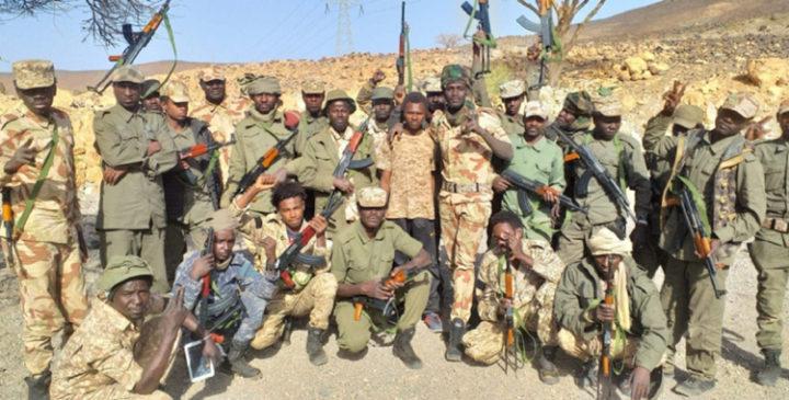 Ciad: gli studenti chiedono democrazia, ma in tanti hanno paura e fuggono in Camerun