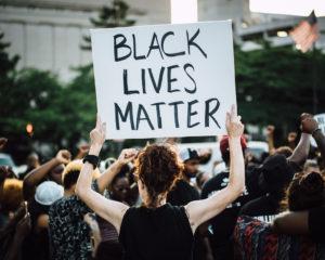 """Usa, Black Lives Matter: """"Oggi il muro dell'omertà si è sgretolato, festeggiamo"""""""