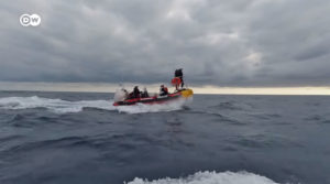 Un barco de una ONG francesa salva a 236 inmigrantes frente a las costas de Libia